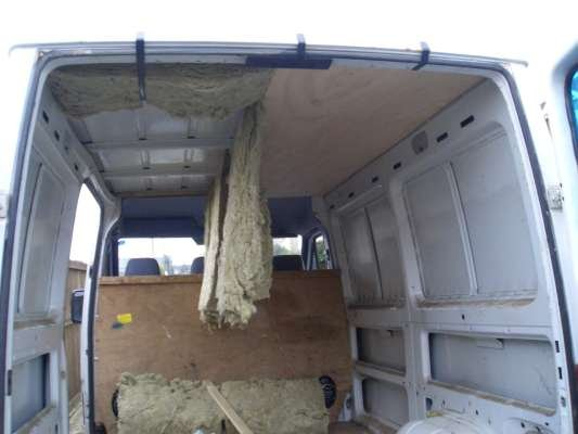 I Decided To Insulate Line And Carpet The Back Of Van This Would Make A Nice Cosy Area Was Already 3 4 Ply Lined In